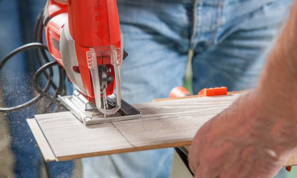 Bosch JS470E Jig Saw Review