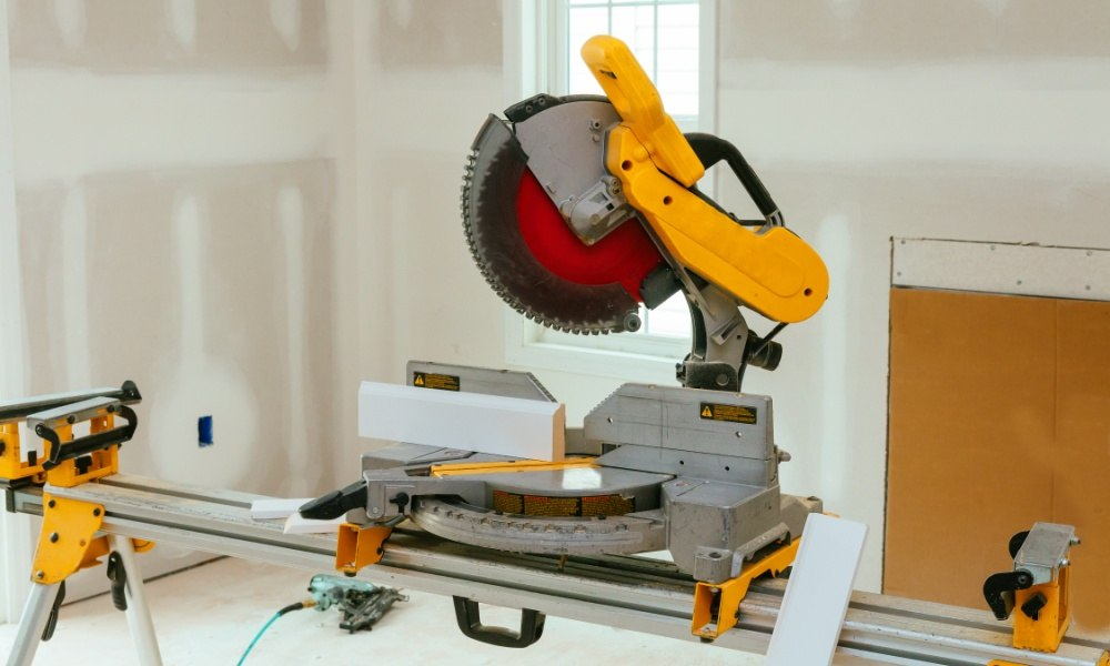 Table Saw vs Miter Saw Which One is Best