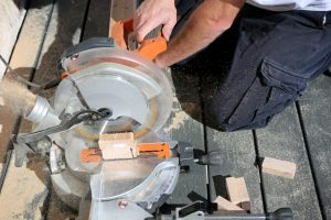 Best Compound Miter Saw of 2020 – Complete Reviews with Comparison