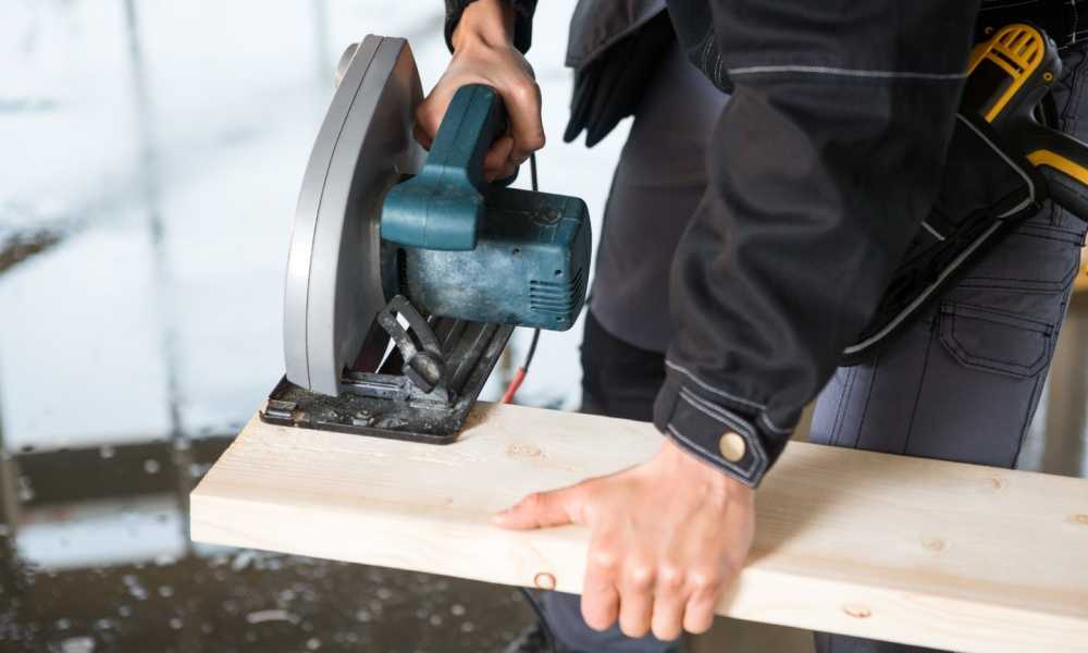 How To Cut 2×4 with Circular Saw - Saw Crafts