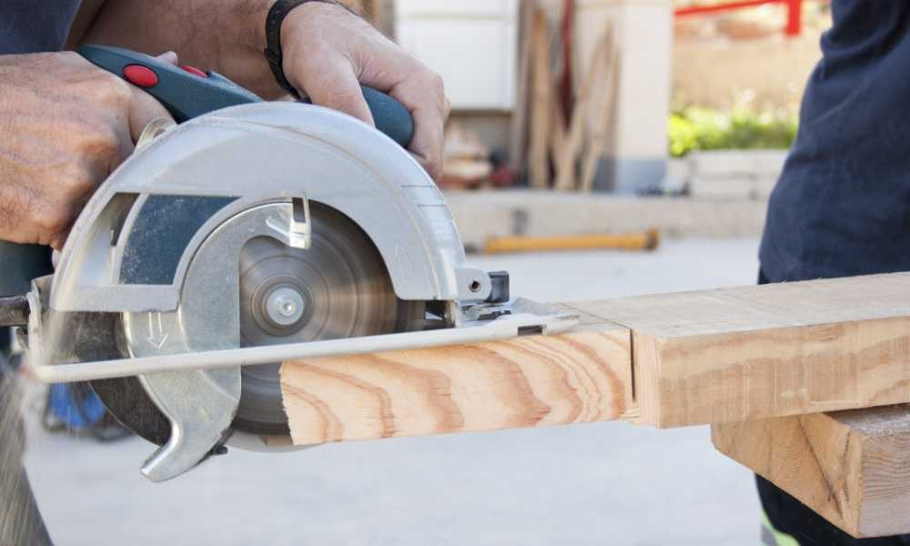 How to Use a Circular Saw Properly